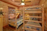 2 Sets of Twin Bunk Beds 4 Bedroom Cabin