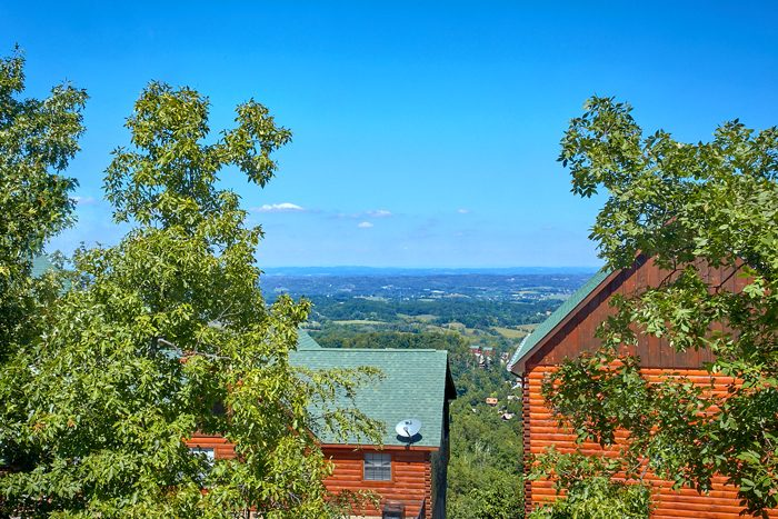 Luxury 2 Bedroom cabin with Mountain Views - The Summit