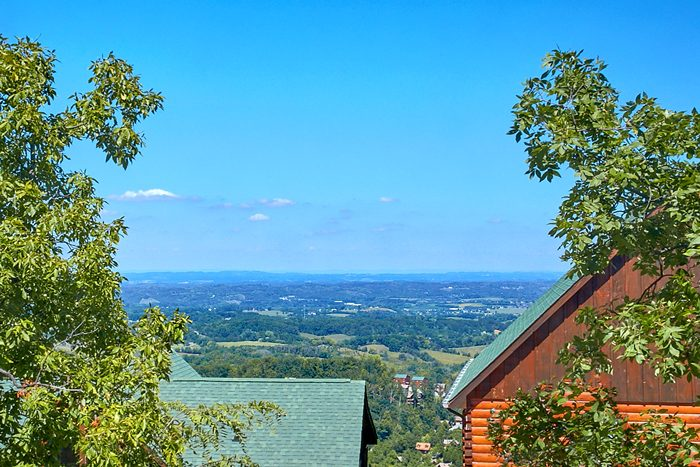 Mountain View from the deck of a 2 Bedroom Cabin - The Summit