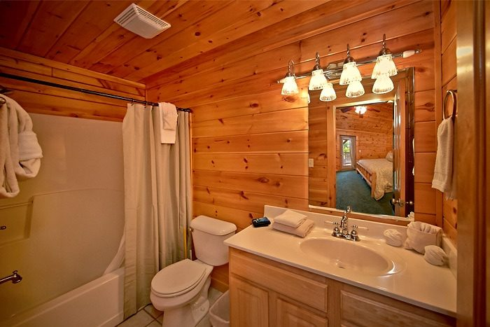 7 bedroom cabin with 7 baths - Timber Lodge