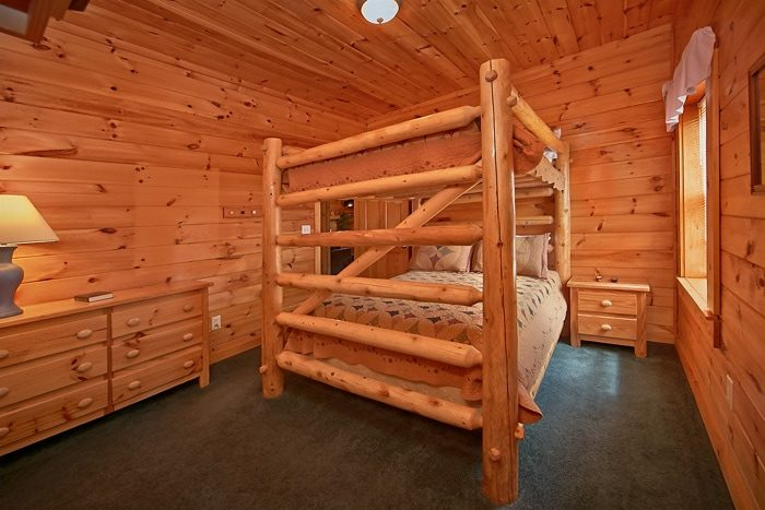 7 bedroom cabin that sleeps 22 - Timber Lodge