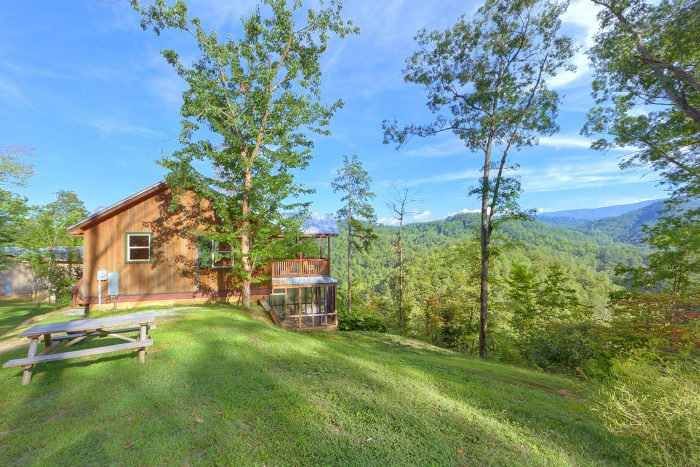 TipTop Cabin Rental Photo