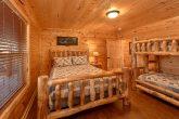 5 Bedroom Cabin with Queen Bunk-Beds
