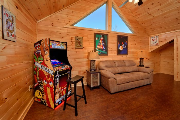 5 Bedroom Cabin with a Queen Sleeper Sofa - TrinQuility View