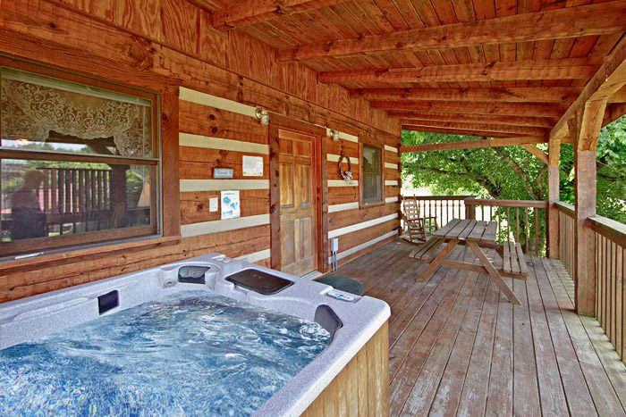 Cabin with Hot Tub - Tucked Away