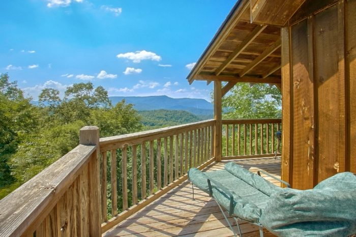 1 Bedroom Cabin with Views of the Smokies - Valley View