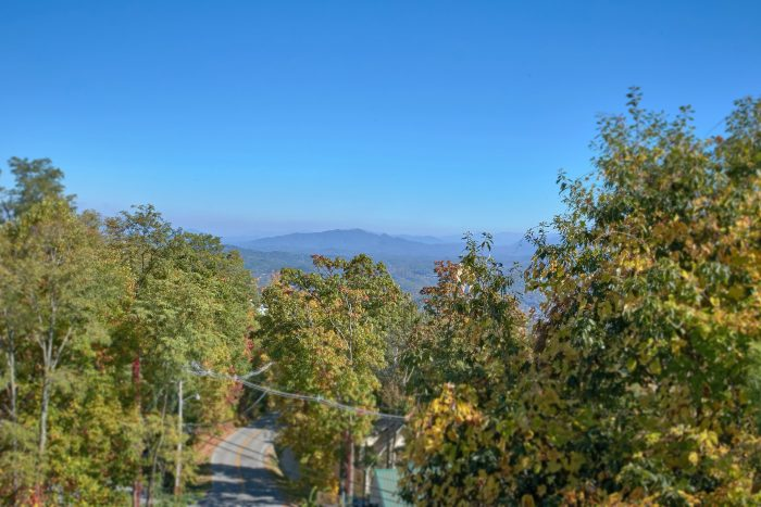 Gatlinburg Bedroom Cabin Spectacular Views - View Topia Falls