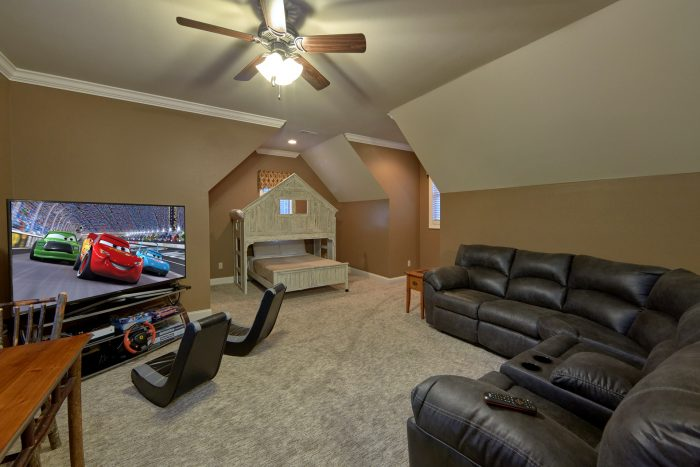 Game Room with XBox, Bunk Beds and TV - Villa at Laurel Cove