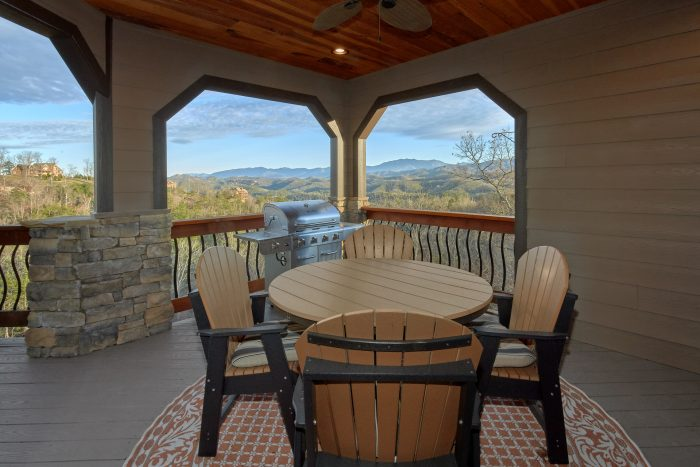 Premium Cabin with Grill and Mountain Views - Bluff Mountain Lodge