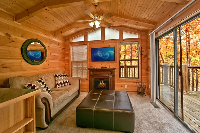 Cabin with living room and large windows - Where the Magic Happens