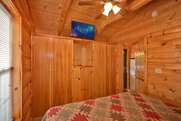 Cabin with large closets in master bedroom - Where the Magic Happens