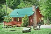 Pigeon Forge 1 Bedroom Cabin near Downtown