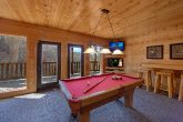 Cabin with Pool Table and Air Hockey Game